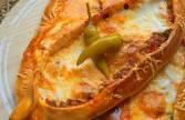 Pizza turque à la viande hachée Pide
