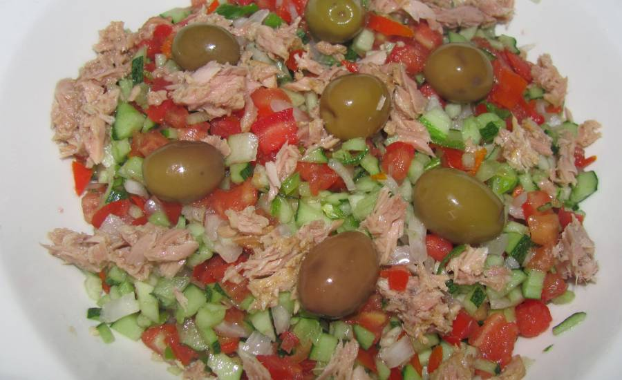 TounsiaNet : salade tunisienne