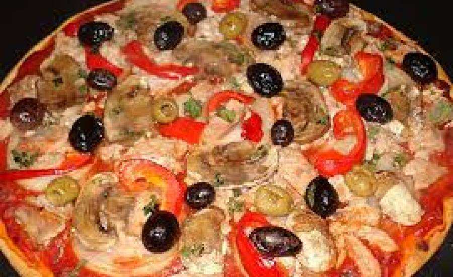 TounsiaNet : pizza au thon et champignon