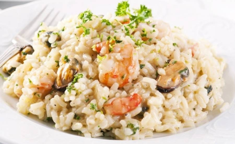 TounsiaNet : Salade de riz aux fruits de mer