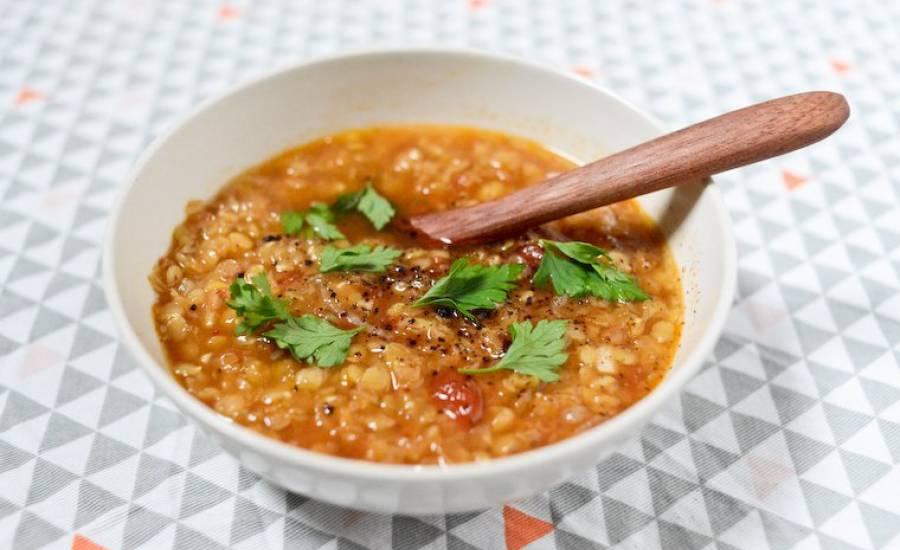 """TounsiaNet : soupe aux lentilles """"chorbet 3dass"""""""