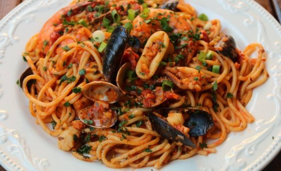 TounsiaNet : Spaghettis aux fruits de mer