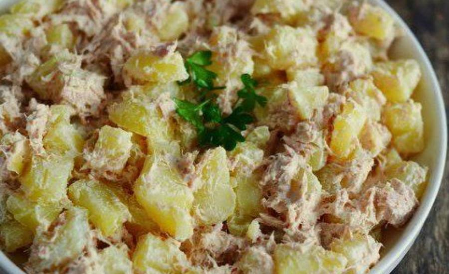 TounsiaNet : Pommes de terre au thon