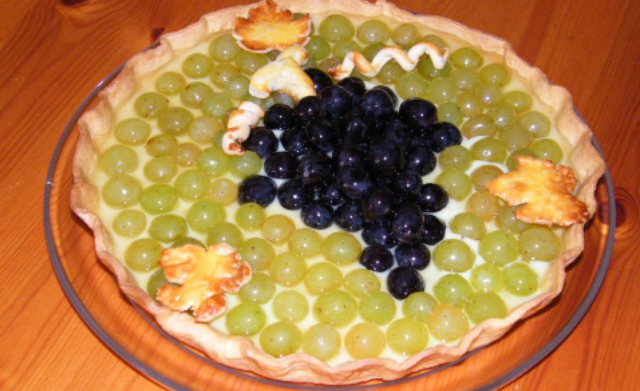 TounsiaNet : Tarte aux deux raisins