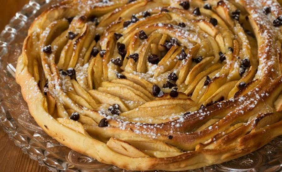 TounsiaNet : Tarte briochée aux pommes, en spirale