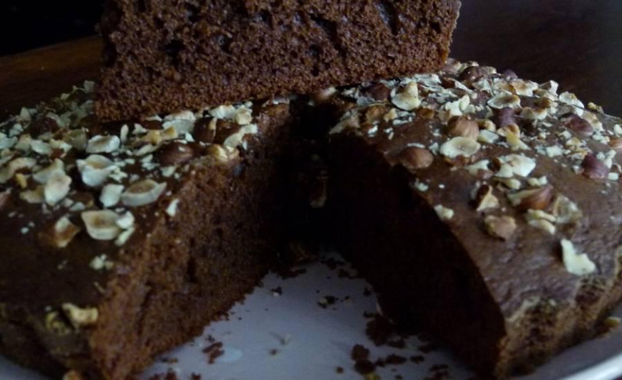 TounsiaNet : Gâteau au yaourt, cacao et noisettes
