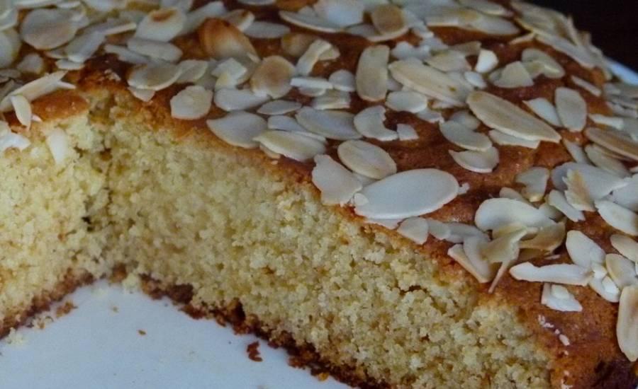 TounsiaNet : Gâteau aux amandes et au miel