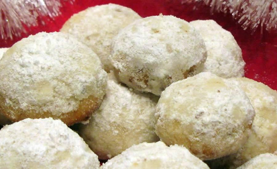 TounsiaNet : Biscuits russes aux noisettes et amandes