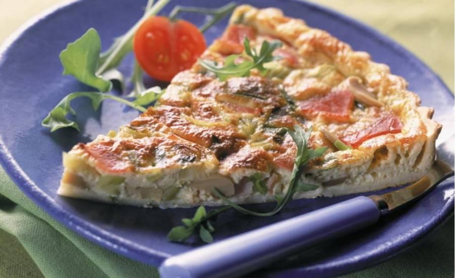 TounsiaNet : Tarte aux poulet, tomate et champignons