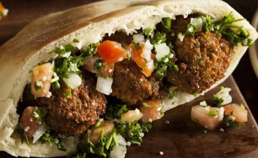 tounsia.Net : Sandwich Falafel