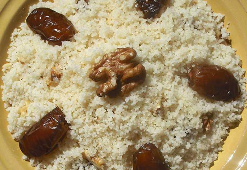 tounsia.Net : Couscous sucré/ Mesfouf aux dattes