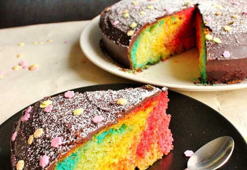 tounsia.Net : Gâteau arc-en-ciel ( multicouleur ) facile et rapide