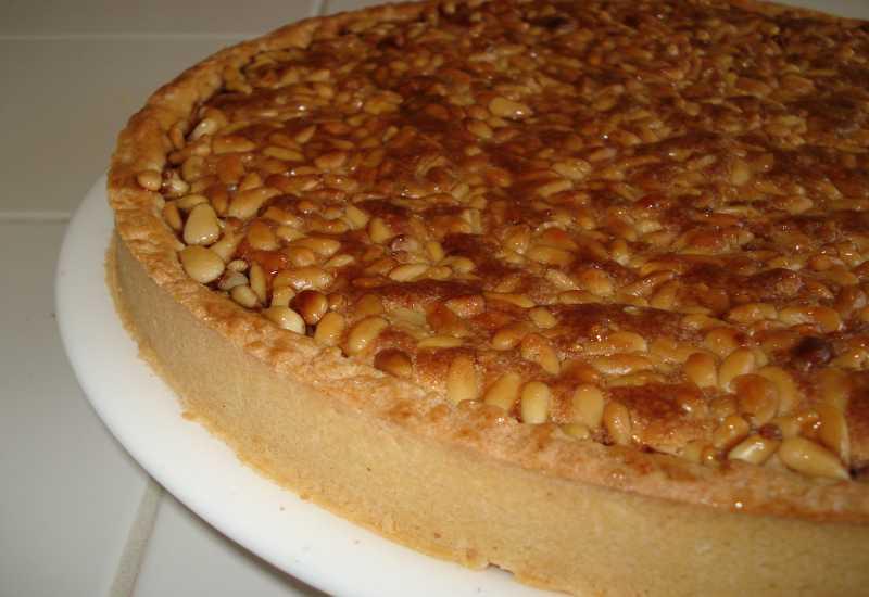 tounsia.Net : Tarte amande et pignons de pin (louz w bondo9)