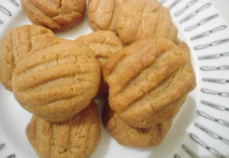 tounsia.Net : Biscuits au beurre de cacahuètes