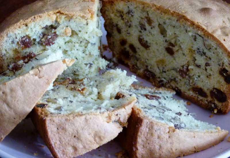 tounsia.Net : Gâteau aux raisins secs et noix