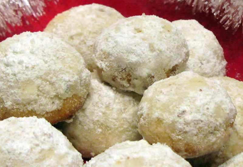 tounsia.Net : Biscuits russes aux noisettes et amandes