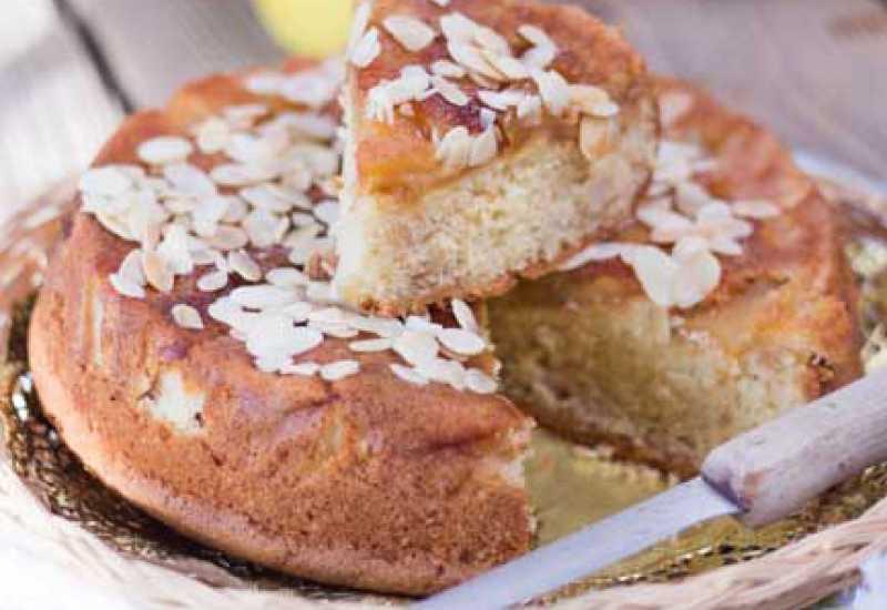 tounsia.Net : Gâteau au yaourt et aux pommes caramélisées