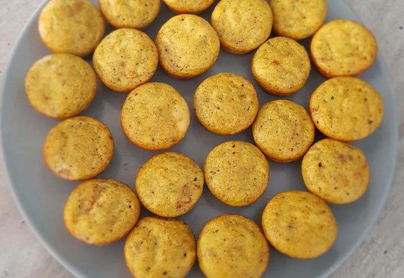 tounsia.Net : Minis cakes au pesto et tomates séchées