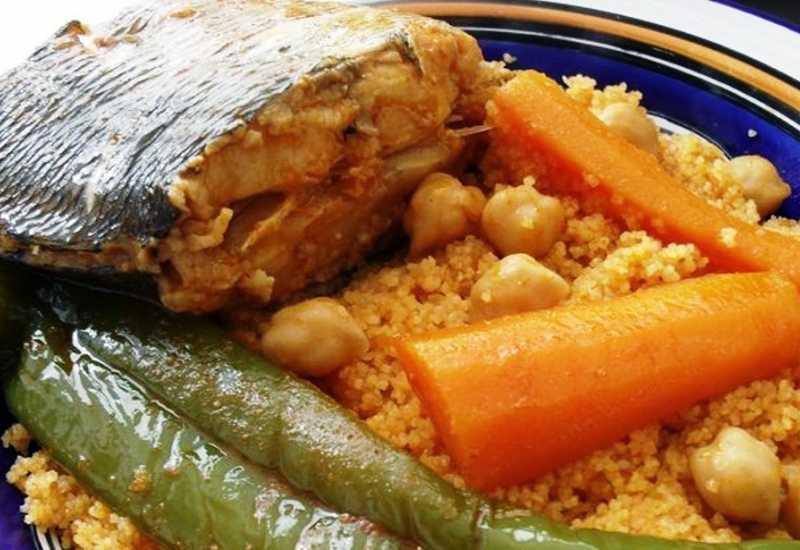 tounsia.Net : Couscous au poison loup de mer (9arouss)