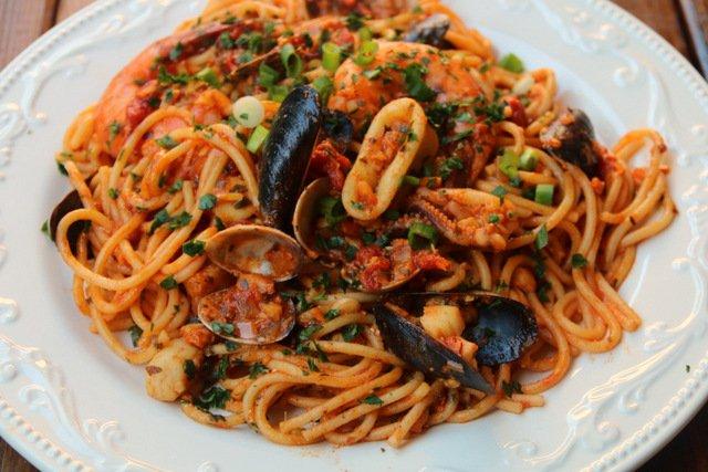 recette de plat principal spaghettis aux fruits de mer sur tounsia net